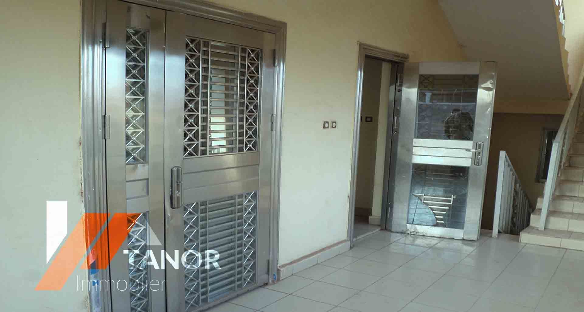 Location d 39 appartement meubl baco djicoroni golf se loger au mali - Location d appartement meuble ...