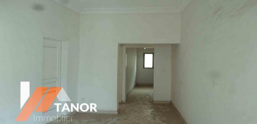 Appartement, bureau et magasin a louer a l'ACI 2000