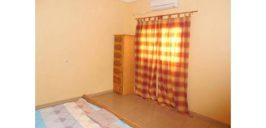 Appartement à louer à Baco Djicoroni Golf à 30 mètres du goudron