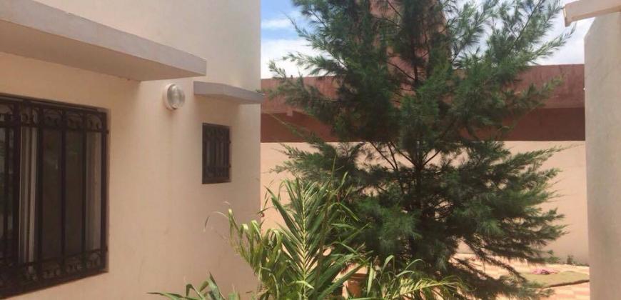 Villa à louer à Magnambougou