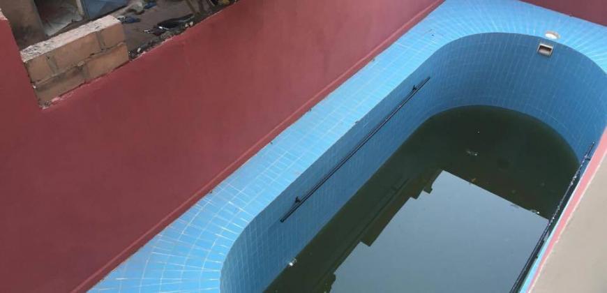 Immeuble avec piscine à louer à Baco Djikoroni ACI Bamako