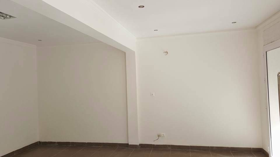 magasins et bureaux louer niarela bamako seloger mali. Black Bedroom Furniture Sets. Home Design Ideas