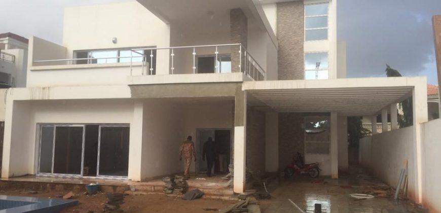 Location villa a Badalabougou zone résidentielle avec piscine