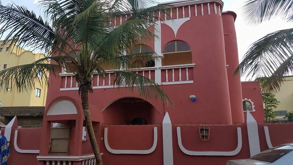 villa d 39 habitation ou bureaux louer bacodjicoroni aci bamako seloger mali. Black Bedroom Furniture Sets. Home Design Ideas
