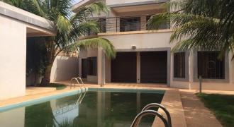 Villa avec piscine à louer à Sotuba Bamako
