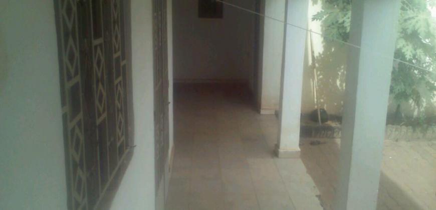 Villa à louer à Hamdallaye ACI 2000 près du centre CSK