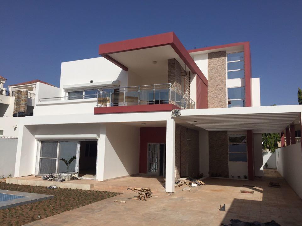 Villa neuve haut de standing louer badalabougou est for Villa neuve