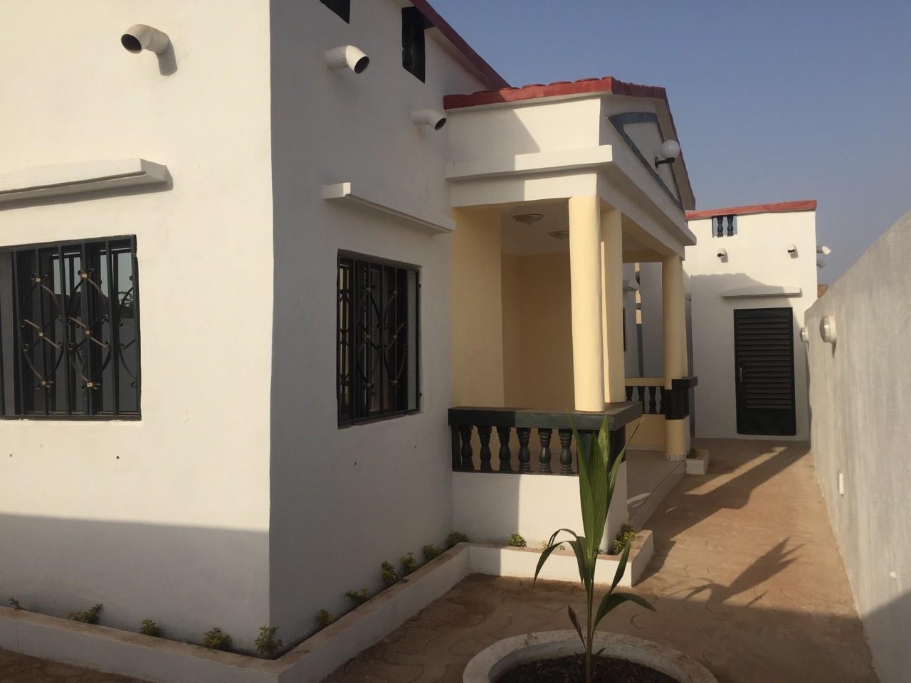 villa vendre yirimadio 700 logements ref 3205 se loger au mali. Black Bedroom Furniture Sets. Home Design Ideas