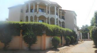 Location grande villa avec piscine a la Cite du Niger Bamako