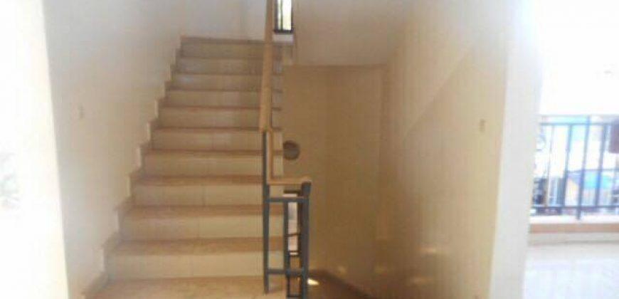 Maison a louer a ACI 2000 près du Radisson Blu