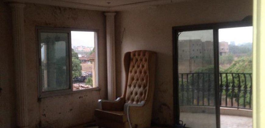 A vendre chef d'oeuvre architecturale a Sébénicoro cité IFA BACO