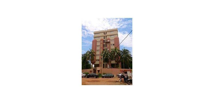 Immeuble a vendre a Bamako Coura en face de la primature