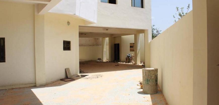 Immeuble de quatre étages à louer à Hamdallaye ACI 2000
