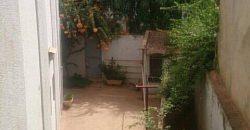 Villa avec piscine a vendre a Faso Kanu