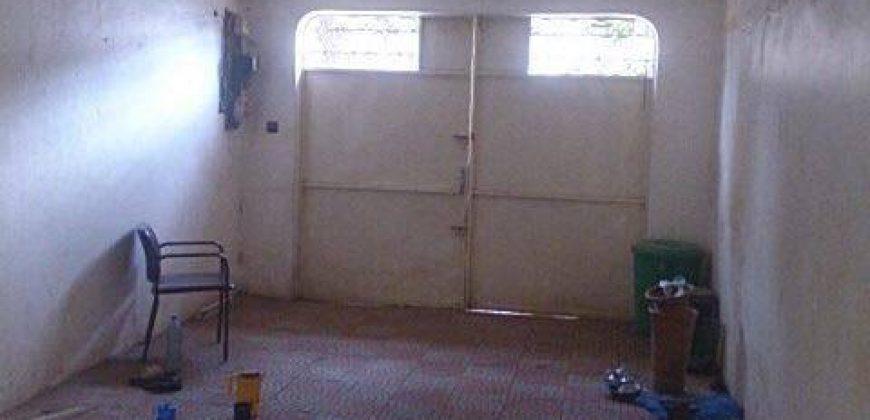 Villa basse avec piscine a louer a Hippodrome 1, Bamako