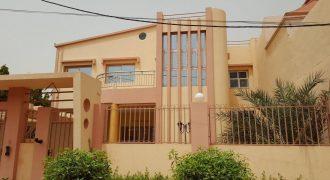 Villa duplex avec piscine a louer a Baco Djicoroni Golf