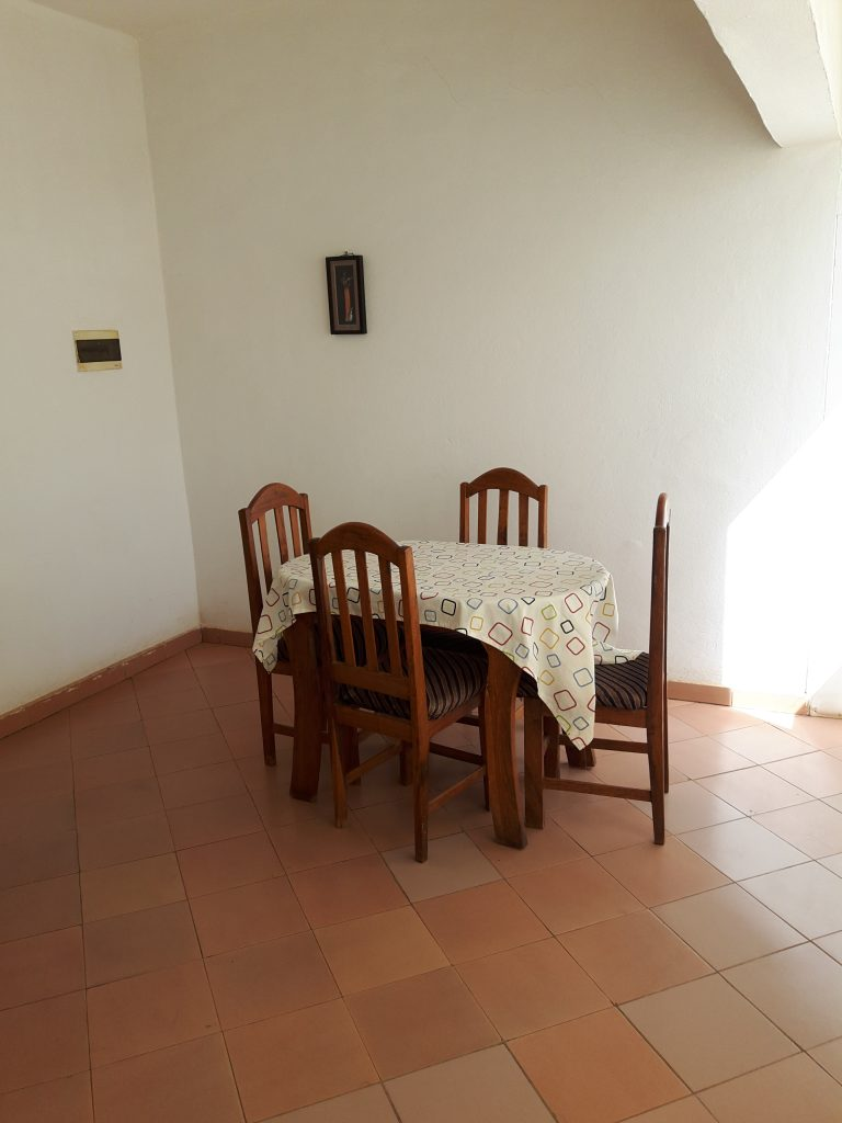 location appartement meubl pas cher hippodrome bamako seloger mali. Black Bedroom Furniture Sets. Home Design Ideas