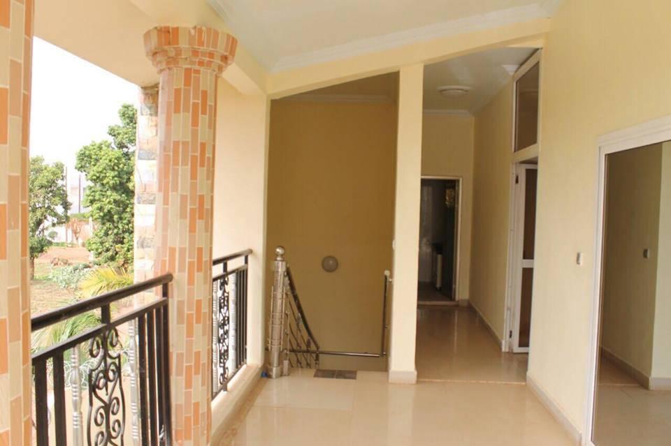 Appartement meubl louer bamako badalabougou est ref for Appartement a louer a sidi bouzid avec piscine