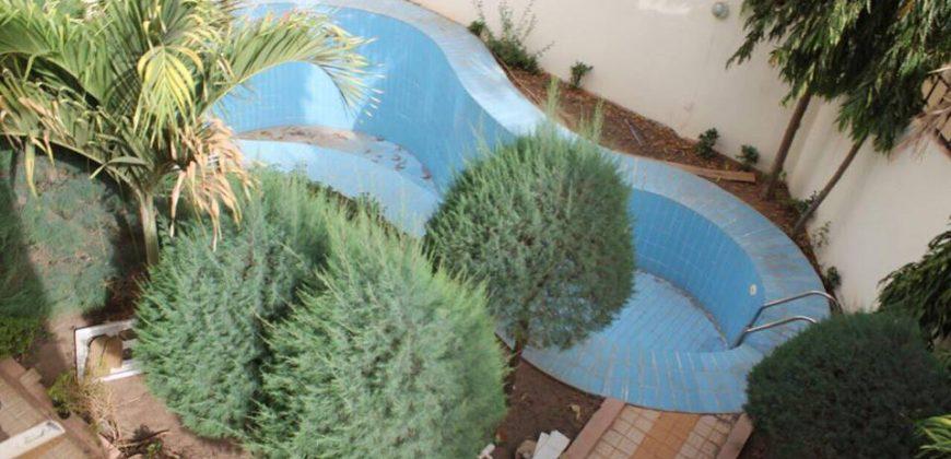 Villa meublée avec piscine à louer à Badalabougou Est, Bamako