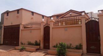 Location villa a la Cité Yeleen derrière Bollé, Bamako