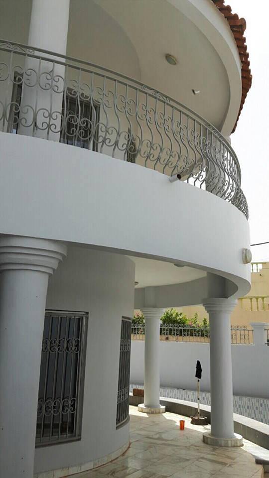 Location villa avec piscine la cit du niger for Chambre de commerce du niger