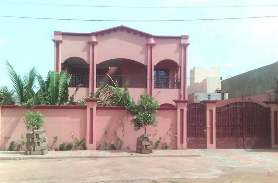 Belle maison a louer a kalaban coura bamako se loger au mali - Recherche petite maison a louer avec jardin ...
