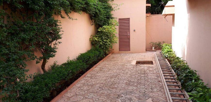 Belle maison duplex A louer a Niarela Bamako