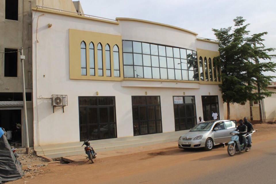 location bureaux commerce a aci 2000 bamako ref 6140 se loger au mali. Black Bedroom Furniture Sets. Home Design Ideas