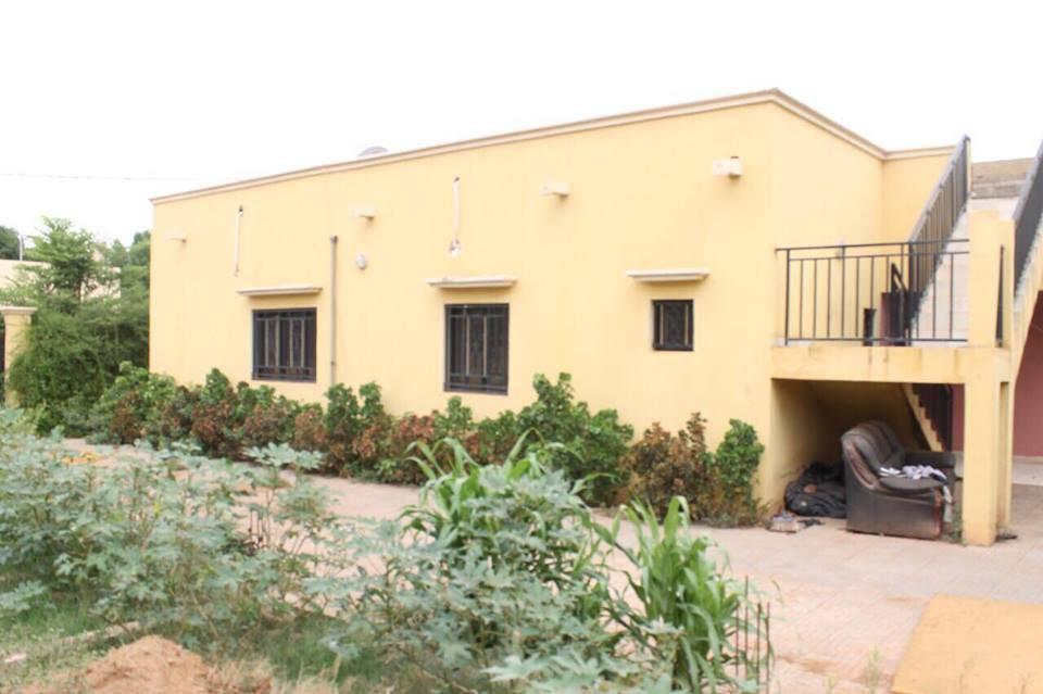 location villa meubl e bamako a sebenikoro ref 6014 se loger au mali. Black Bedroom Furniture Sets. Home Design Ideas