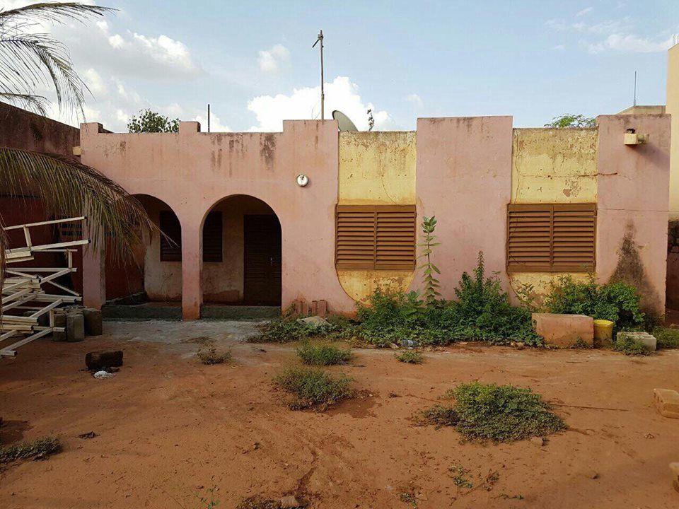 maison a vendre a sebenikoro bamako mali se. Black Bedroom Furniture Sets. Home Design Ideas