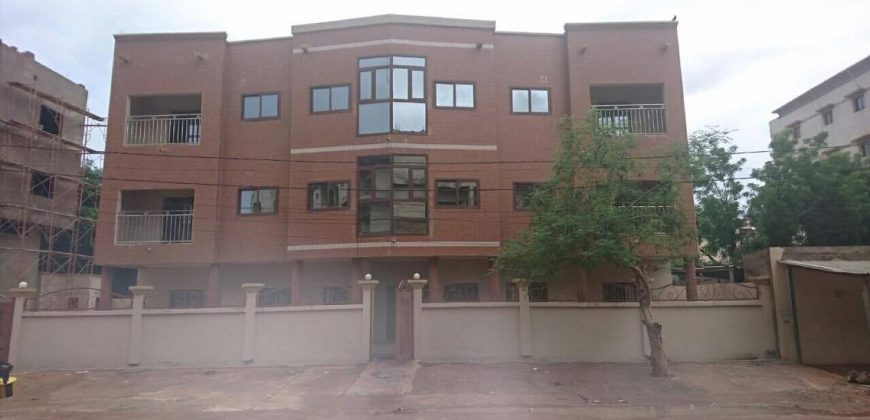 Immeuble à louer à L' ACI 2000