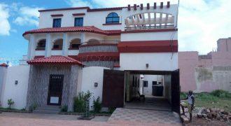 Villa spacieuse luxueuse à louer à la Cité Yeleen, Bamako