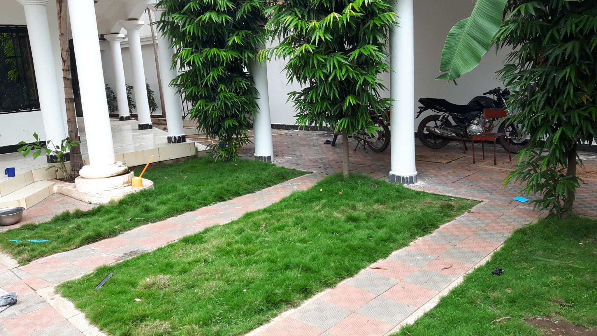 villa duplex a louer a s b nicoro ref 7045 se loger au mali. Black Bedroom Furniture Sets. Home Design Ideas