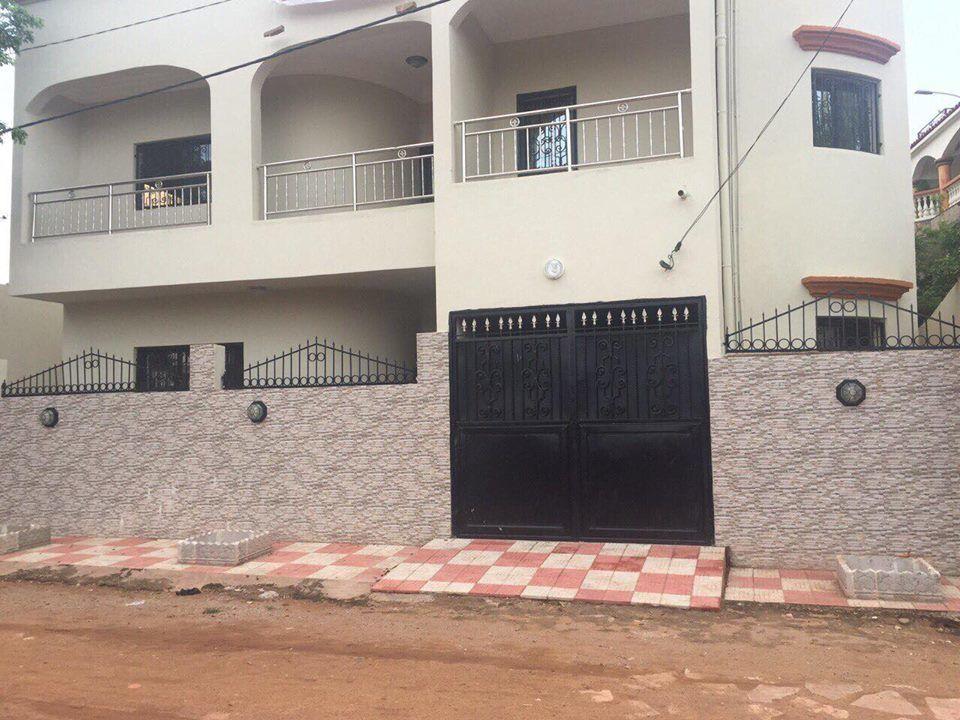 Villa neuve louer torokorobougou bamako for Villa neuve