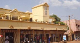 Immeuble à vendre à Faso Kanu (Magnambougou) Bamako