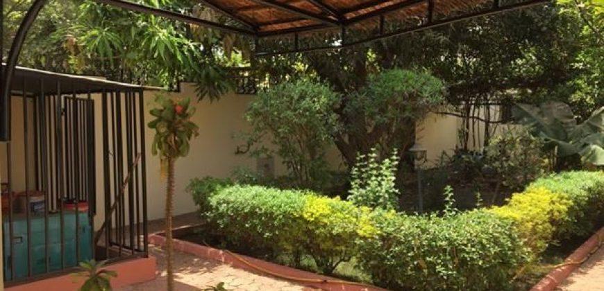 Villa basse meublée à louer à Hippodrome Bamako