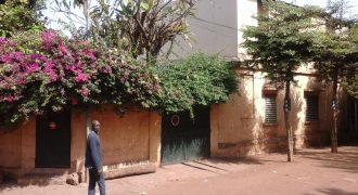 Complexe en titre foncier à Missira