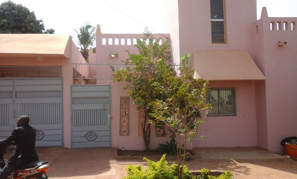 Villa en titre foncier vendre faladi village can for Chambre de commerce du niger