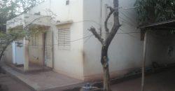 Villa Batie sur 200m2 en TF à Titibougou 80 Logements