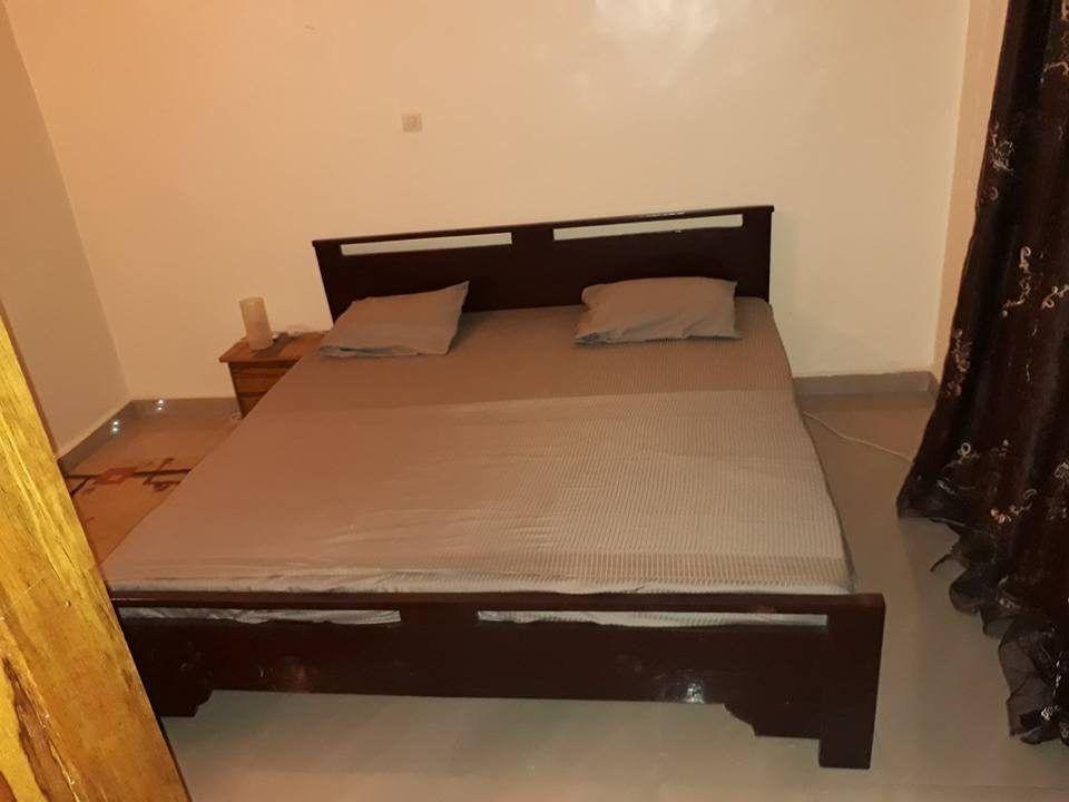 appartement meubl moins cher louer faladi boll se loger au mali. Black Bedroom Furniture Sets. Home Design Ideas