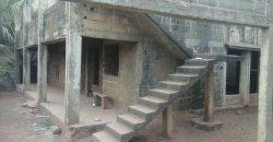Villa inachevée à vendre à Titibougou avec titre foncier