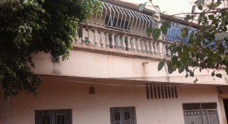 Bâtiment d'appartements en titre foncier à vendre à Magnambougou