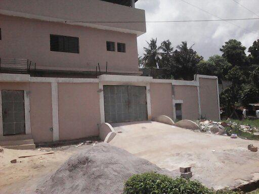 Captivant Villa Avec Piscine A Vendre A Abidjan