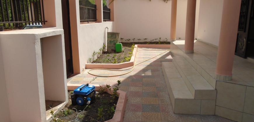 Duplex à louer à la cité Bollé 2 derrière Faladié, Bamako