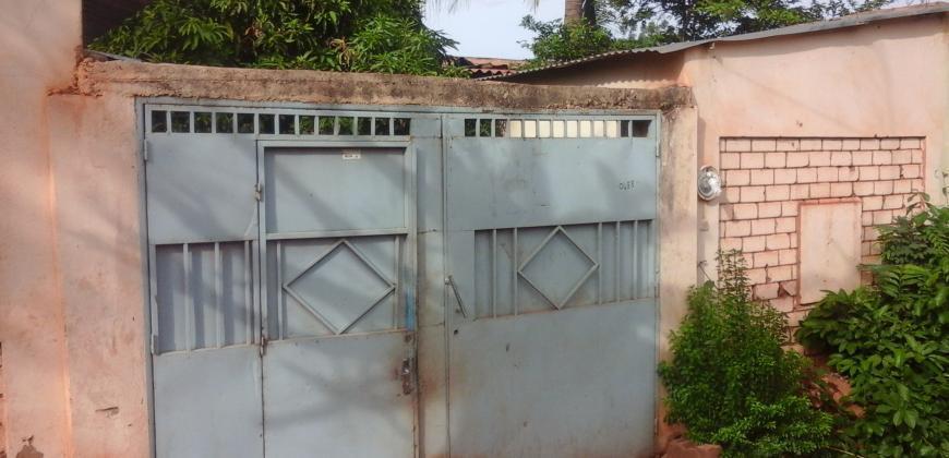 Maison en titre foncier pas cher à vendre à Sébénikoro Sema 1