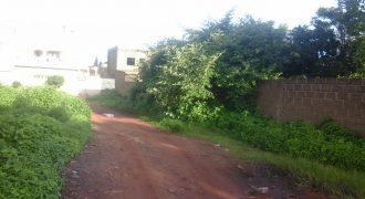 Vente de terrain de 300 m2 en titre foncier à Sébénikoro