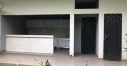Villa duplex neuve à louer à Bamako