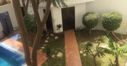 Villa R+1 avec piscine au Point E à Dakar/ Sénégal
