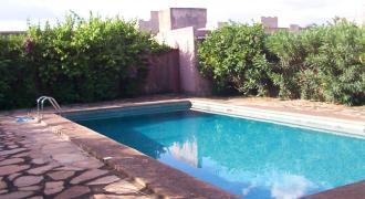 Villa duplex avec piscine à louer à Bacodjicoroni ACI